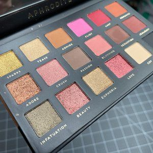 Bad Habit Aphrodite Eyeshadow Palette - Brand New
